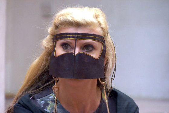 #RHOMelbourne Ladies Try on Burqas