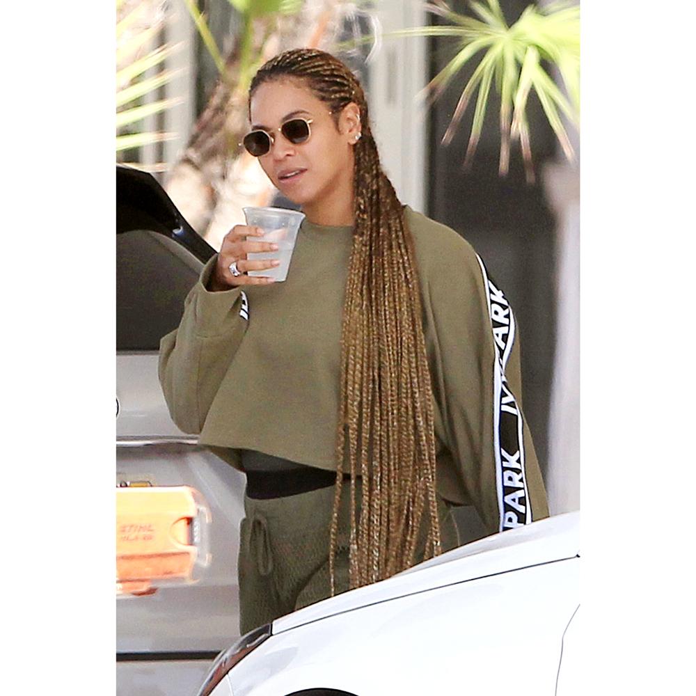 Beyoncé Wears Epic, Knee-Length Braids